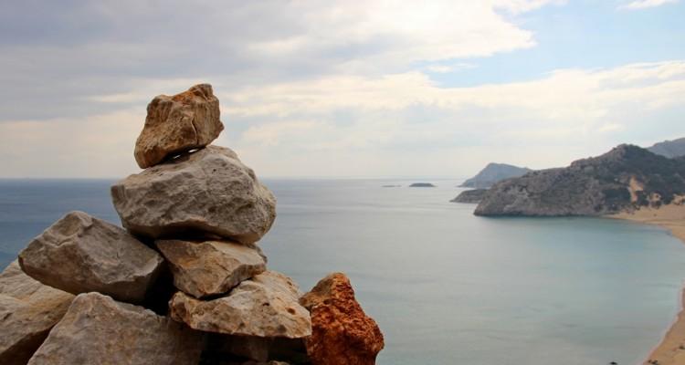 Steine als Wegweiser on Tsambika