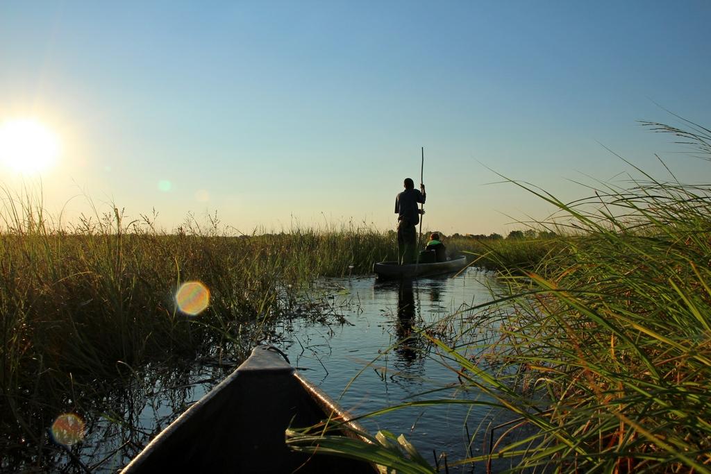 Mokorofahrt bei der Safari im Okavango Delta
