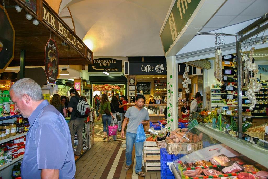 Buntes Treiben im englischen Markt in Cork