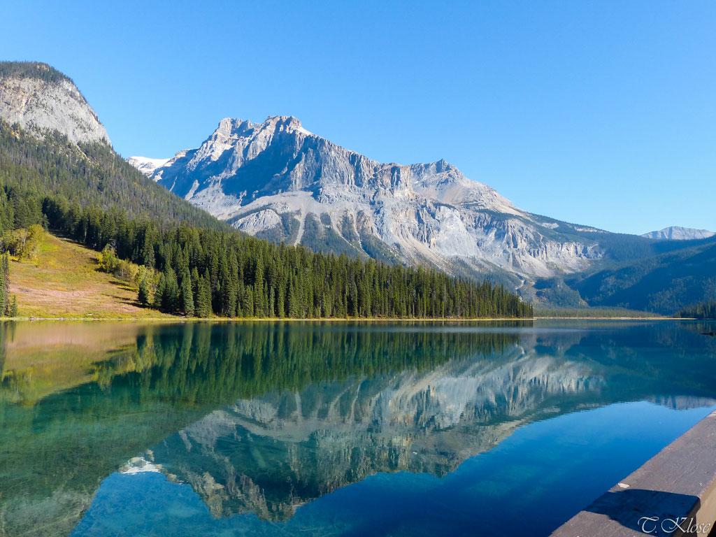 Ausblick auf die Berge und den Emerald Lake