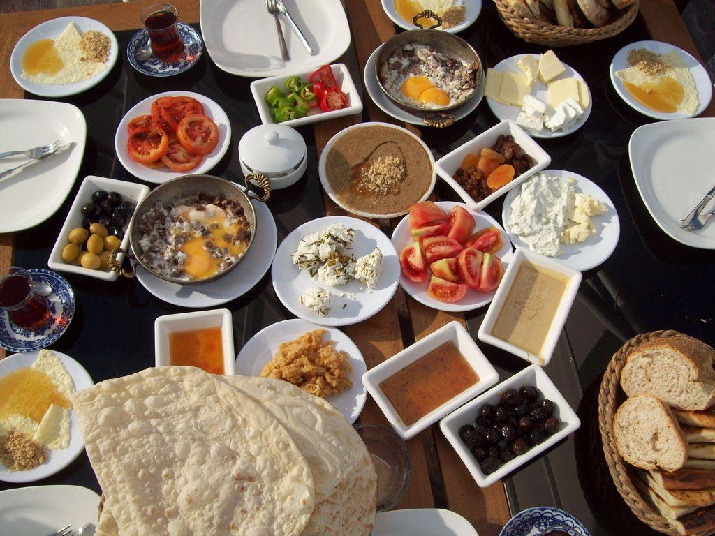 Türkisches Frühstück in Istanbul