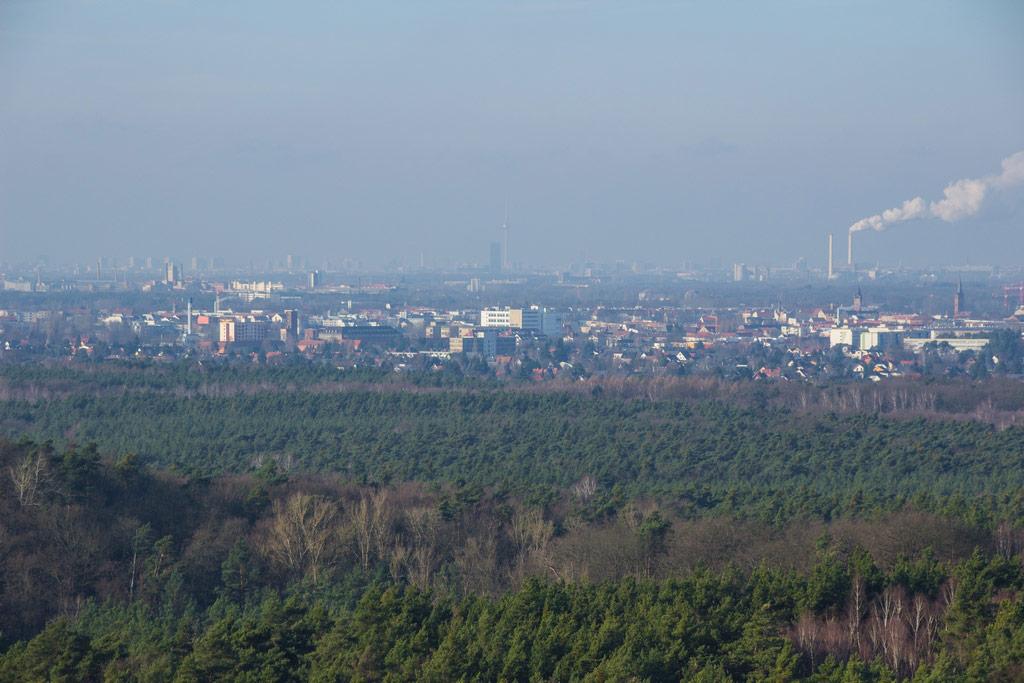 Berlin vom Müggelturm gesehen