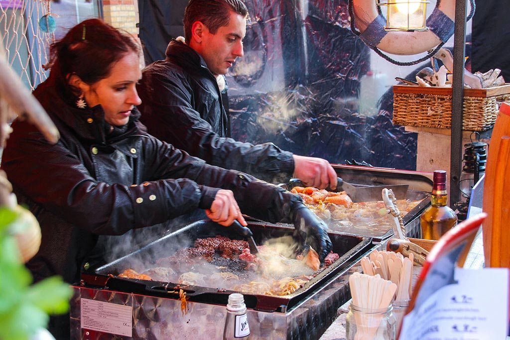 Fischburger beim Streetfood auf Achse