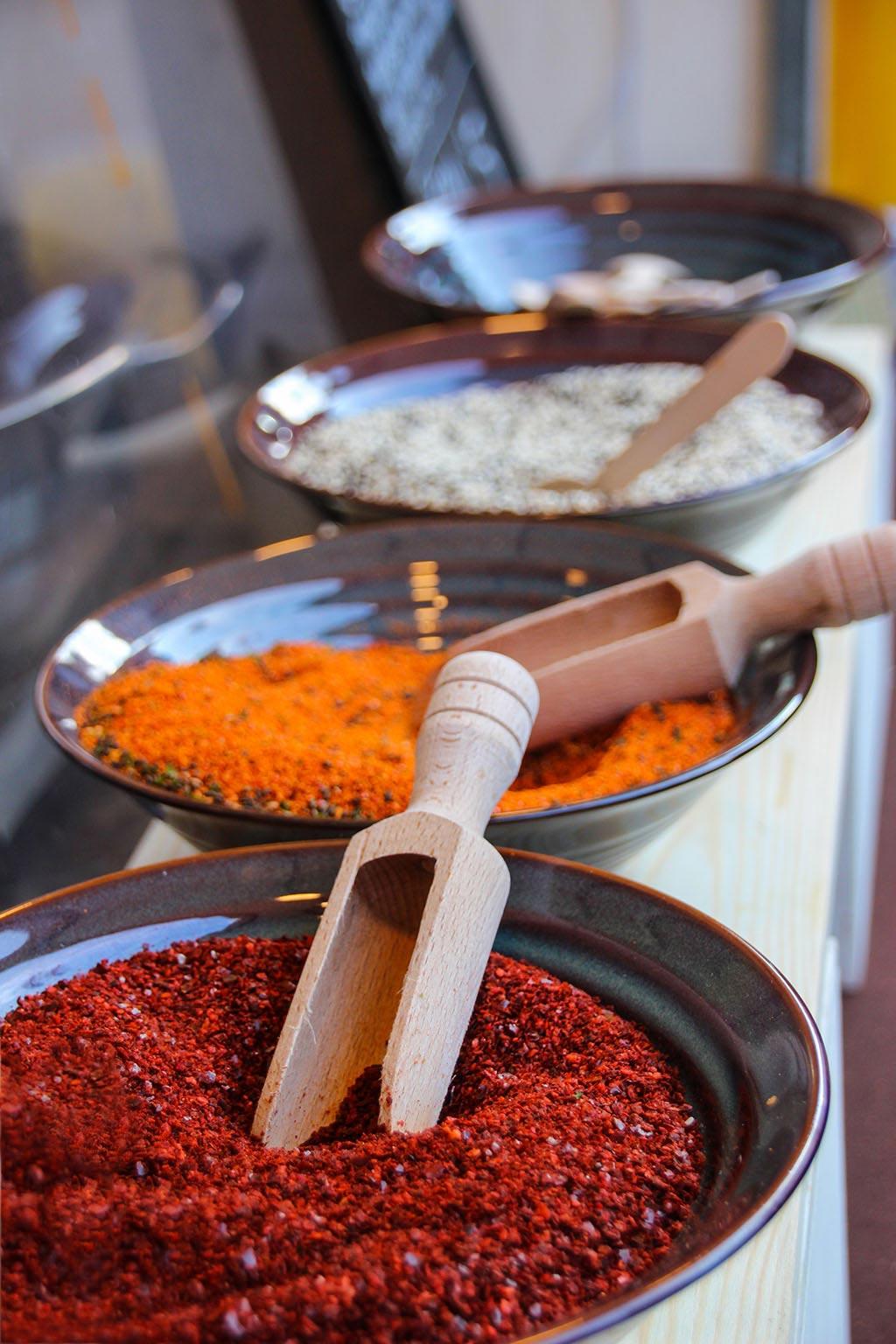 Currystand beim Streetfood auf Achse