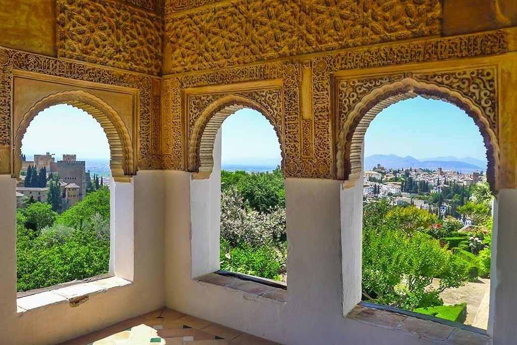 Aussicht von der Alhambra über Granada