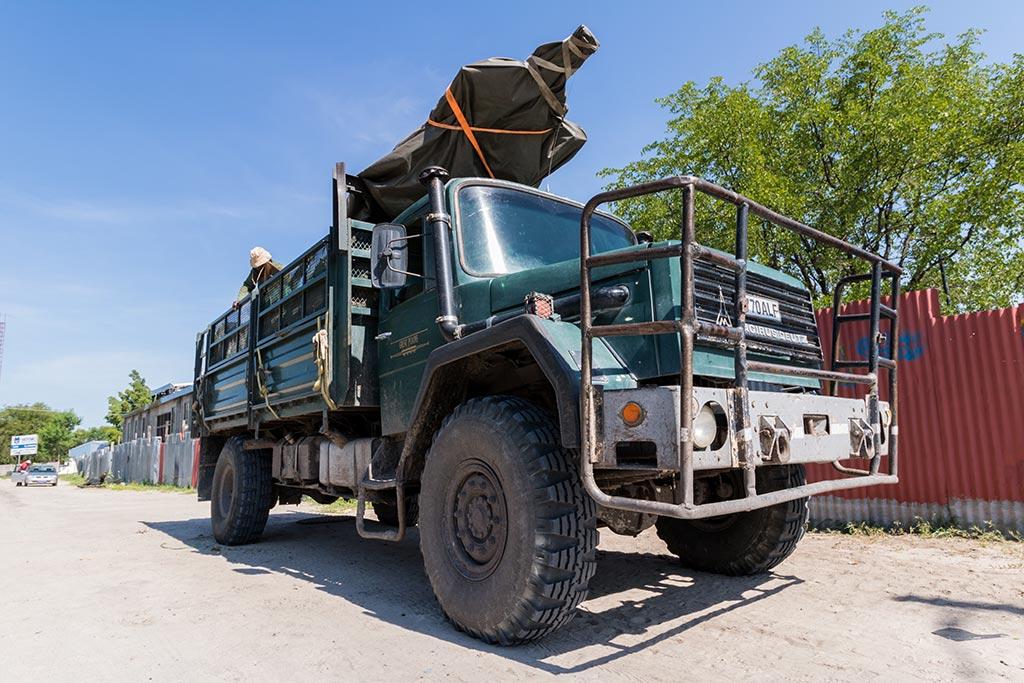 Truck nach Selinda